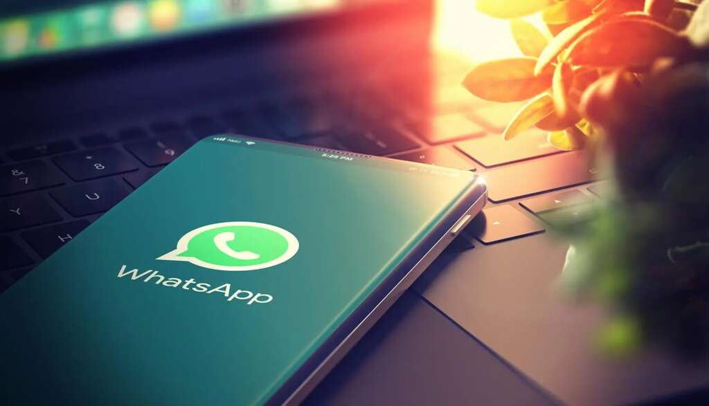 WhatsApp announces its commitment to user privacy with status messages
