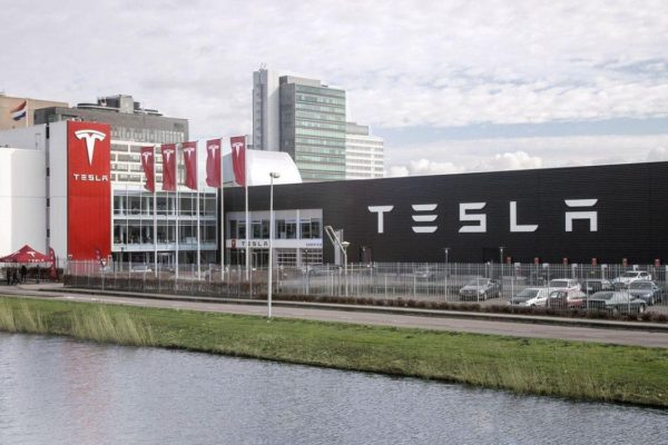 1612515623 798 One billion euros from the German government to Tesla to One billion euros from the German government to Tesla to build a plant in Berlin 2