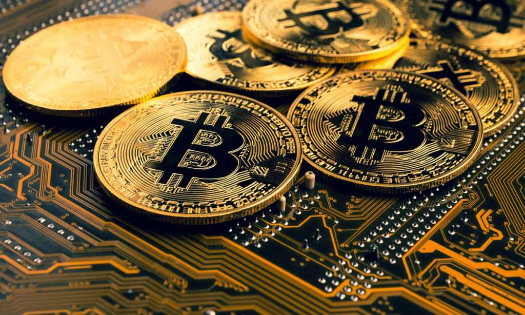 Bitcoin record-breaking continues: Market value exceeds $ 1 trillion