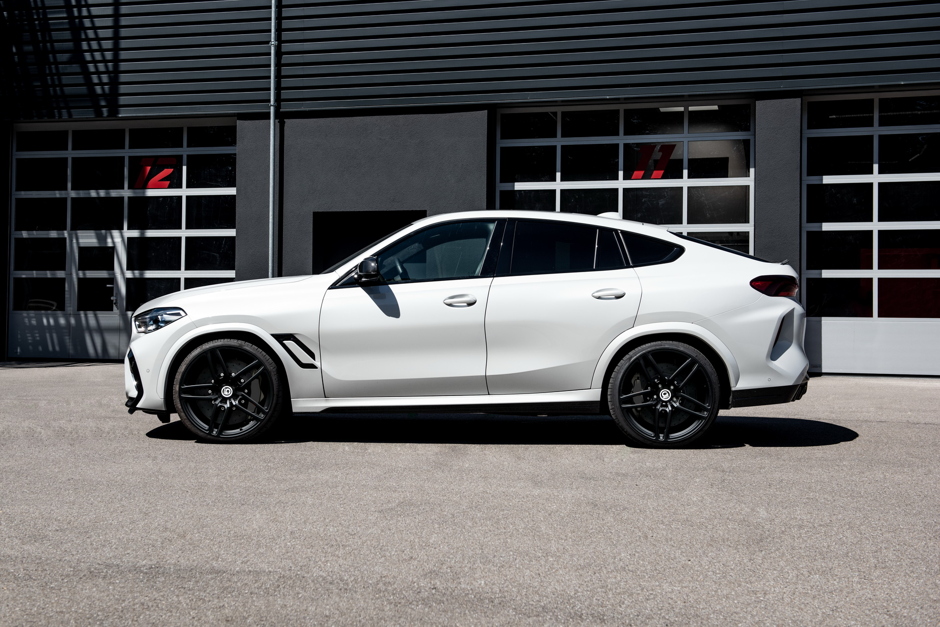 1614811671 737 Beyond the X6M 789 horsepower for the BMW X6 Tuning Beyond the X6M; 789 horsepower for the BMW X6 Tuning G-Power 2