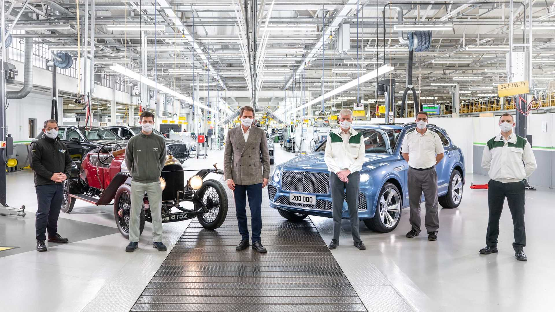1617095139 928 The 200000th Bentley was produced at the brands 102nd anniversary The 200,000th Bentley was produced at the brand's 102nd anniversary 2
