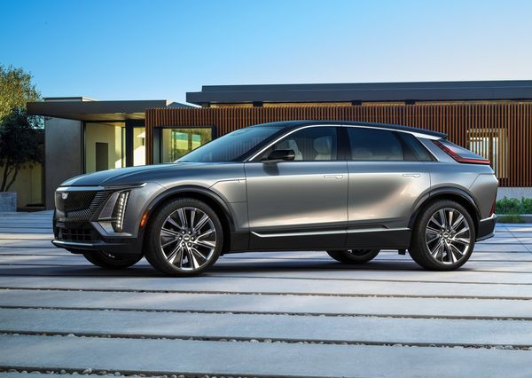 1619230581 662 Cadillac Lyric officially enters the world market The first electric Cadillac Lyric officially enters the world market; The first electric crossover in Cadillac history 4