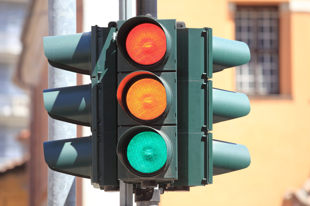 Now Wireless traffic light with the help of artificial intelligence makes the passage of pedestrians safer