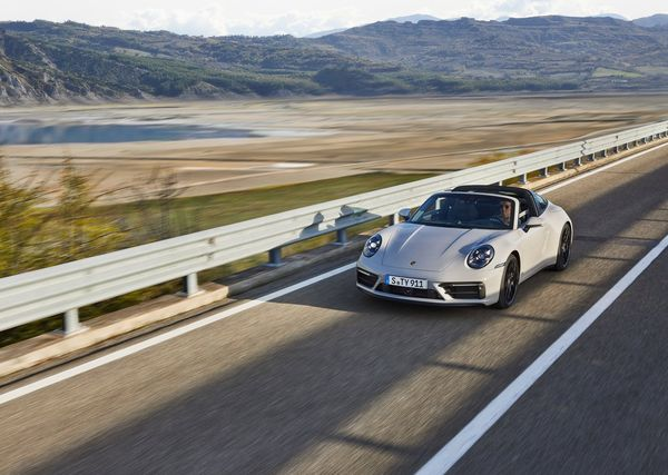 1624580036 213 Porsche unveiled the new 911 GTS series with more power Porsche unveiled the new 911 GTS series with more power and sportier performance 8