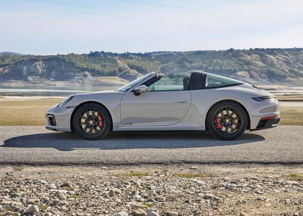 1624580036 302 Porsche unveiled the new 911 GTS series with more power Porsche unveiled the new 911 GTS series with more power and sportier performance 4